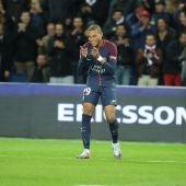 Mbappé celebra un gol con el PSG