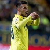 Sansone celebra uno de sus goles ante el Málaga