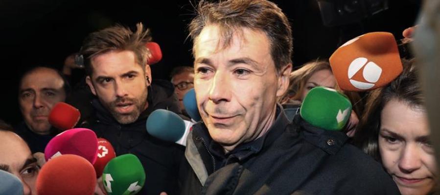 Ignacio González sale de la cárcel tras pagar 400.000 euros de fianza