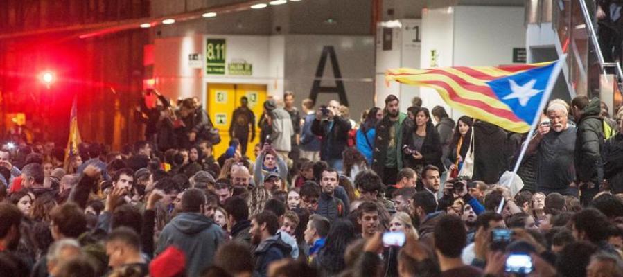 Centenares de personas en Girona
