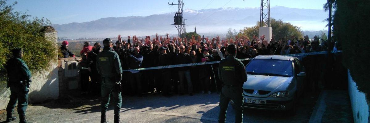 El desahucio de Las Gabias se aplaza sin fecha en el horizonte