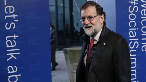 El presidente del Gobierno español, Mariano Rajoy, a su llegada a la Cumbre Social Europea de Gotemburgo