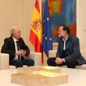 Rajoy recibe a Antonio Ledezma en La Moncloa