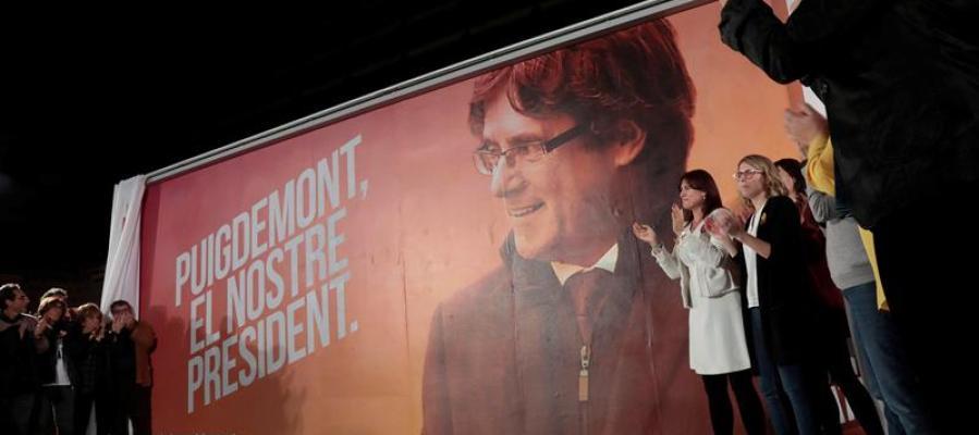 Acto de inicio de campaña de JxCat con Puigdemont en Bruselas