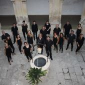 Integrantes del Cor de Cambra d'Elx en el Centro Cultural de Las Clarisas