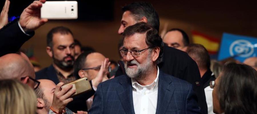 Rajoy promete un PP constructivo para pactar, pero siempre