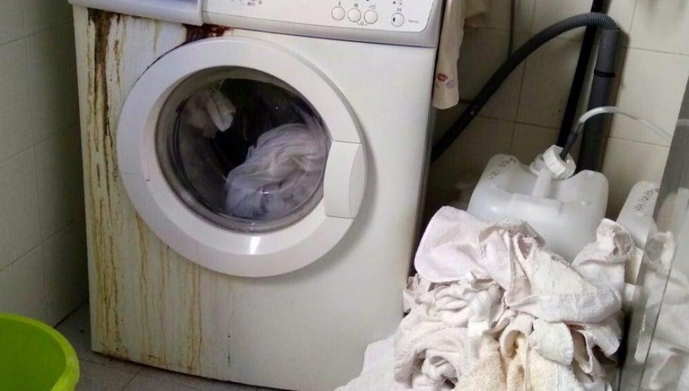 El problema con las lavadoras del geriátrico de Altabix provoca que la ropa no esté lista para las mudas de las personas mayores.