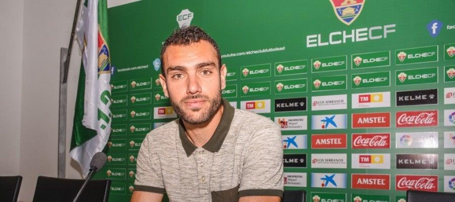 Gonzalo Verdú, el día de su presentación como jugador del Elche CF.