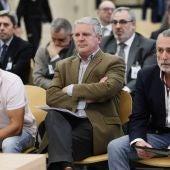 Álvaro Pérez Alonso 'El Bigotes', Pablo Crespo, y Francisco Correa durante el juicio