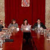 Mesa de Diálogo Social reunida con los miembros del Govern, los representantes de los consells insulares y de los agentes sociales y económicos, para presentar el Plan de Industria