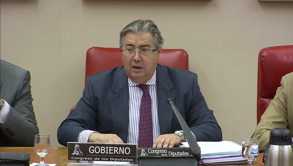 """Zoido pide perdón a los afectados por el colapso de la AP-6 y asegura que las decisiones de Iberpistas """"no fueron correctas"""""""