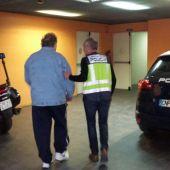El detenido llegando a comisaría