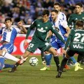 Loren marca su primer gol con el Real Betis.