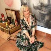 Cristina Birlanga colabora en Onda Cero Elche con su sección 'Un tropiezo en la Red Carpet'.