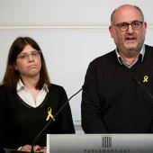 Los diputados de JxCat, Eduard Pujol (d) y Gemma Geis (i)