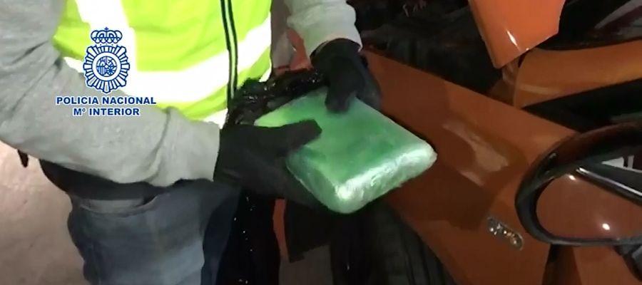 Los detenidos traían la droga ocultada en vehículos