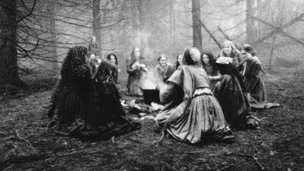 La cápsula del tiempo: Las brujas de Salem