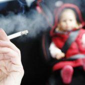 fumar_en_el_coche.jpg