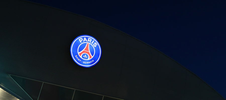 El logo del PSG, en el Parque de los Príncipes