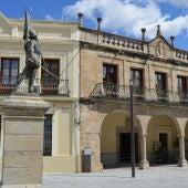 La fachada del Consistorio de Villanueva de la Serena, Badajoz