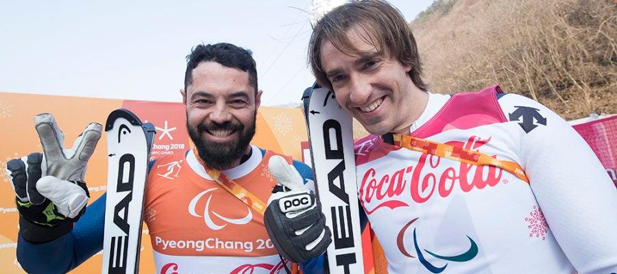Santacana y Galindo celebran la medalla