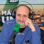 José Luis Gil en los estudios de Onda Cero