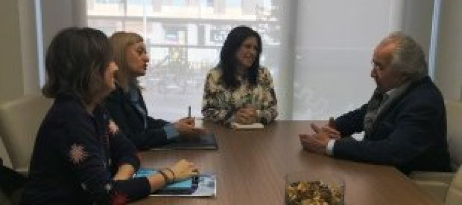 La FUE-UJI visita el Ayuntamiento de Almassora, para ampliar la colaboración entre ambas entidades