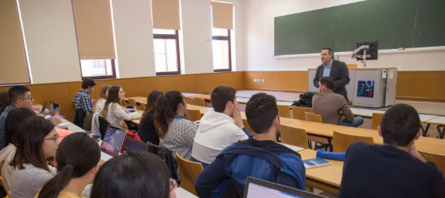 El Grupo Torrecid imparte una sesión en el Máster Universitario en Marketing e Investigación de Mercados