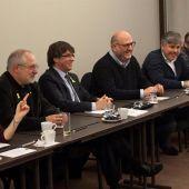 Carles Puigdemont se reúne con los diputados de JxCat