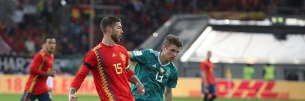 """Sergio Ramos: """"Iker está temblando y me dice siempre que me retire"""""""