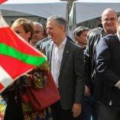 Iñigo Urkullu y Andoni Ortuzar durante la celebración del Aberri Eguna (día de la patria)