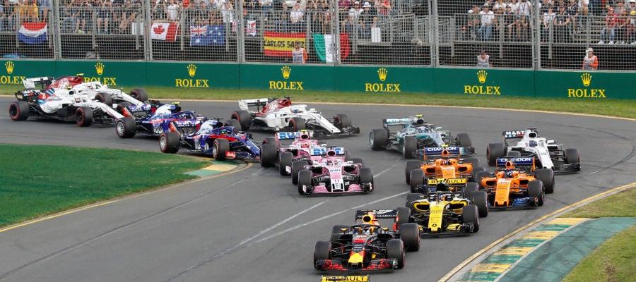 Momento de la salida del GP de Australia 2018