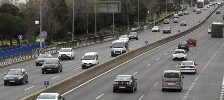 Tráfico de entrada en Madrid por la A-5, carretera de Extremadura, a la altura de Cuatro Vientos