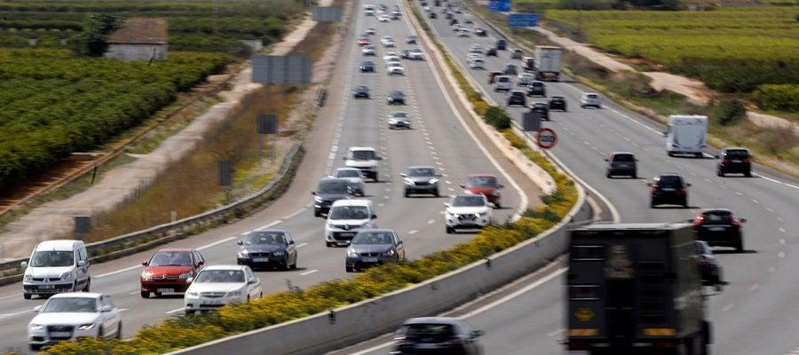 Vista general del tráfico en una autovía española