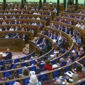 """El PP pide al PSOE cinco votos al azar para aprobar Presupuestos Generales y Sánchez insiste en el 'no': """"Frivolidades ninguna"""""""