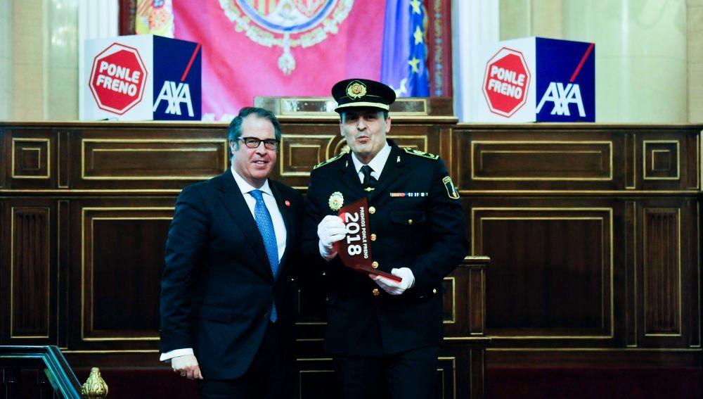 César Zaragoza, Comisario Principal de la Policía Local de Elche tras recoger el premio de 'Ponle Freno' de Atresmedia