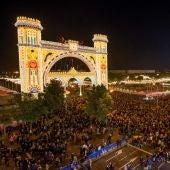 Alumbrado de la Feria de Abril, en Sevilla