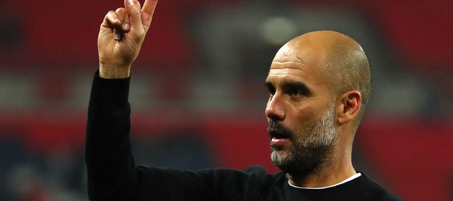 Pep Guardiola celebra el triunfo en Wembley ante el Tottenham