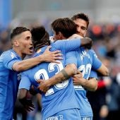 Los jugadores del Getafe celebran el golazo de Damián Suárez