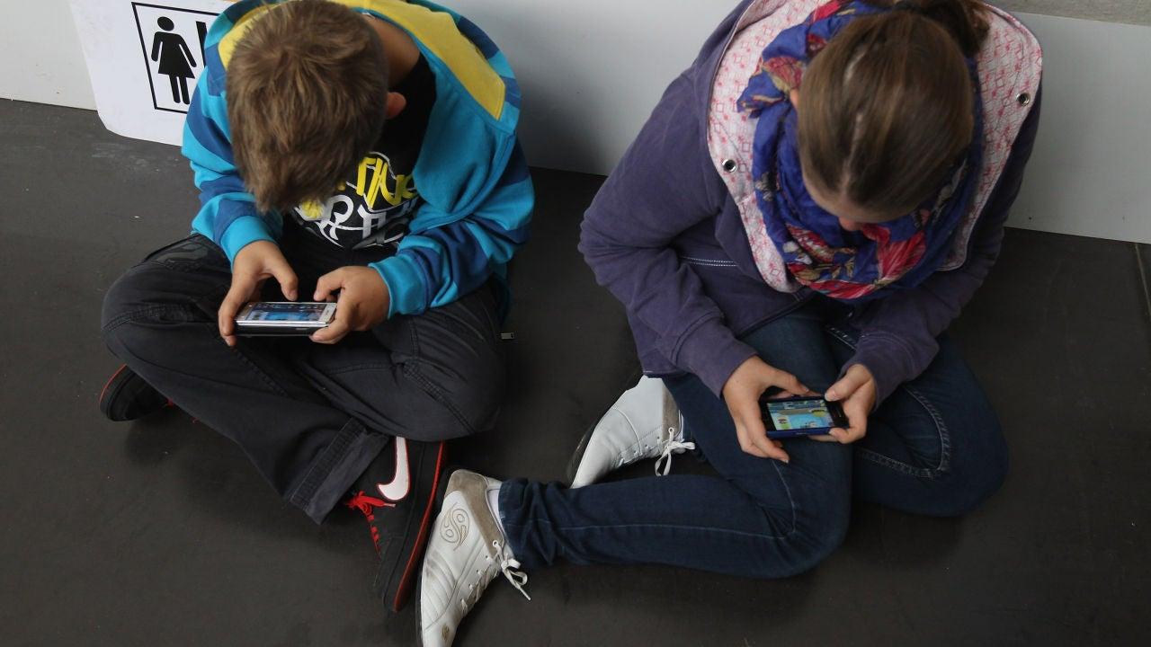 Niños follan en la clase porno Uno De Cada 4 Chicos Consume Porno Antes De Los 13 Anos Y El Primer Acceso Se Adelanta A Los 8 Anos Onda Cero Radio