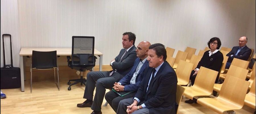 José Sepulcre, Antonio Rocamora y Juan Anguix, el día que declararon en la pieza de calificación del concurso de acreedores del Elche CF.