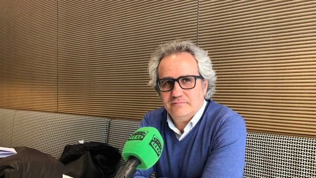 """Pérez-Nievas: """"La salida de Albert Rivera dignifica todavía más su postura política; ahora todo pasa por el Congreso de Ciudadanos, pero Inés Arrimadas está muy preparada"""""""