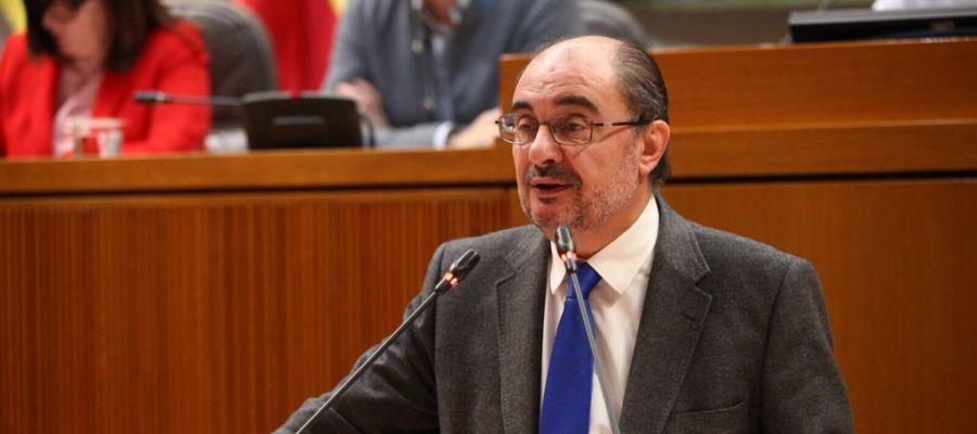 El presidente, Javier Lambán, en el pleno