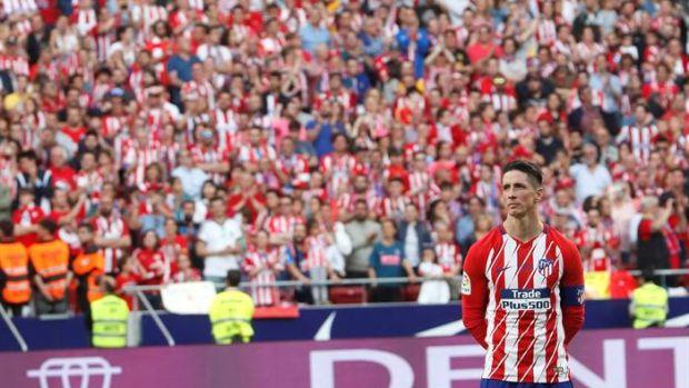 Así ha sonado el emotivo homenaje y las palabras de Torres en su despedida del Atlético de Madrid