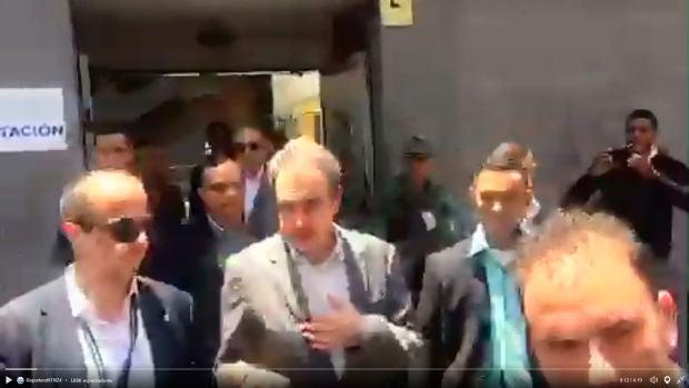 Zapatero abucheado en Venezuela