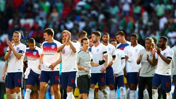 Inglaterra celebra una victoria