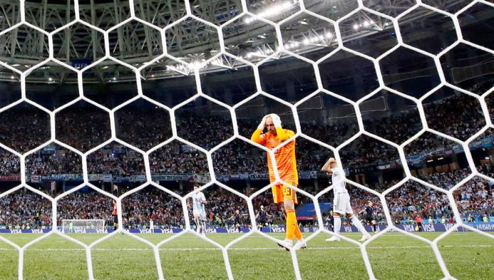 Caballero se lamenta tras su error ante Croacia