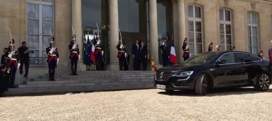 Sánchez llega al Elíseo para reunirse con Macron en su primera visita al exterior