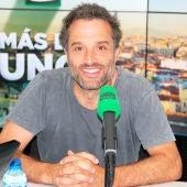 Daniel Guzmán en los estudios de Onda Cero