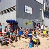 Protesta vecinal por el retraso de la apertura de la piscina de la pedanía de El Altet de Elche